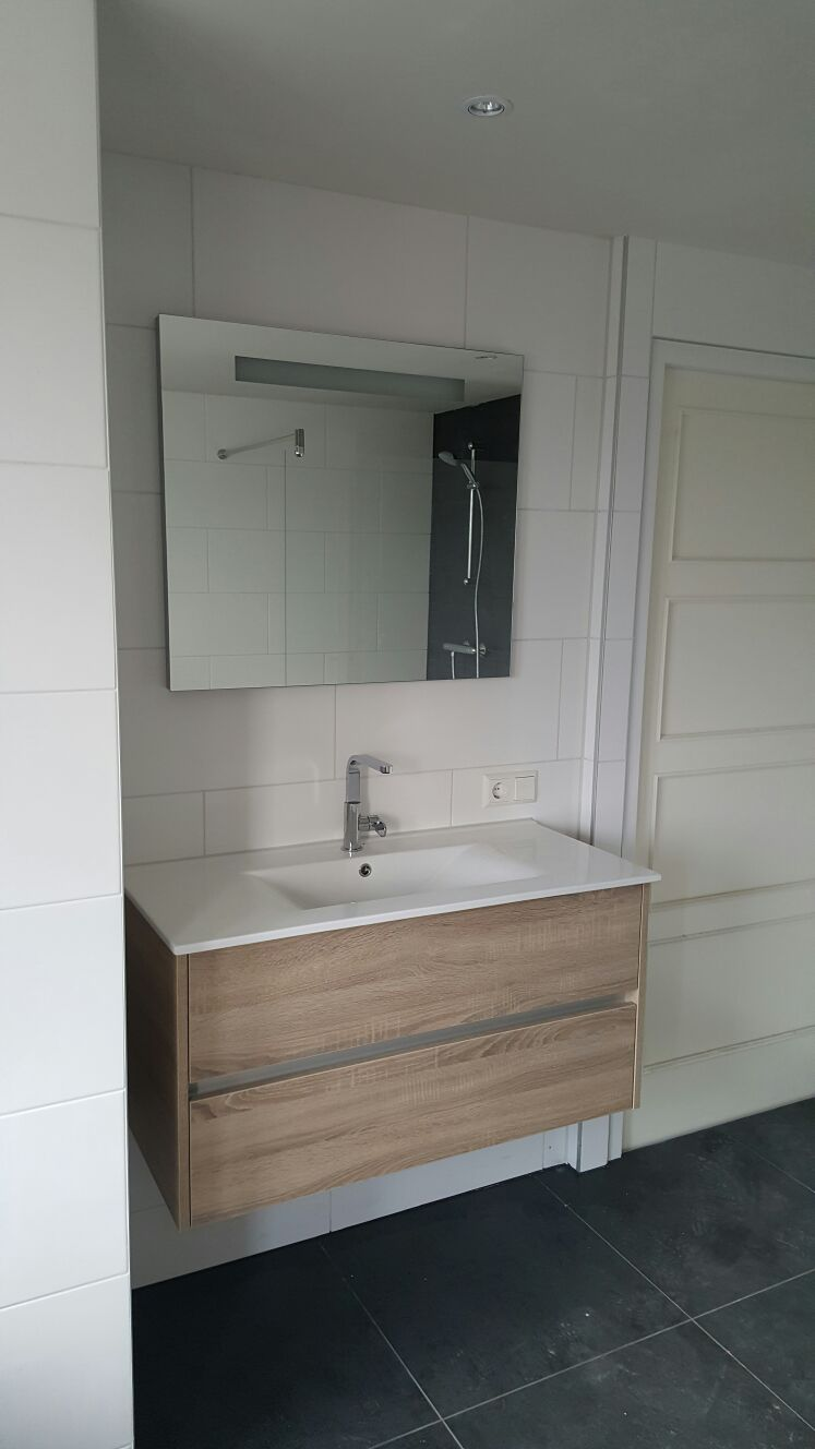 Badkamer verbouwing - Haleko BV